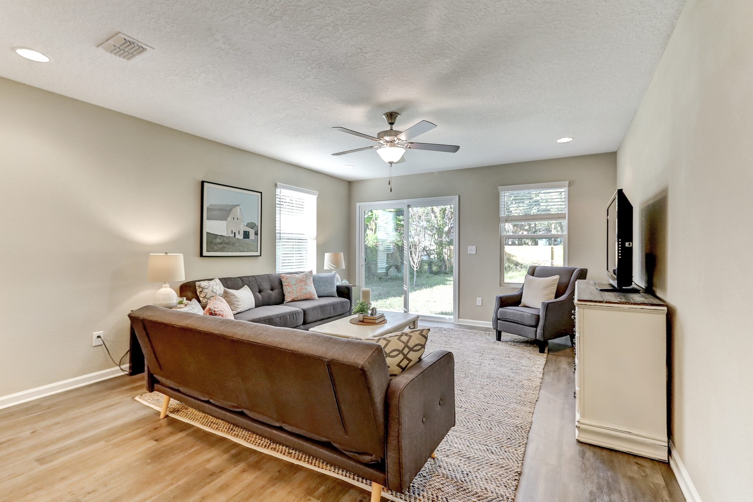 Rave Home Staging Jacksonville (19)