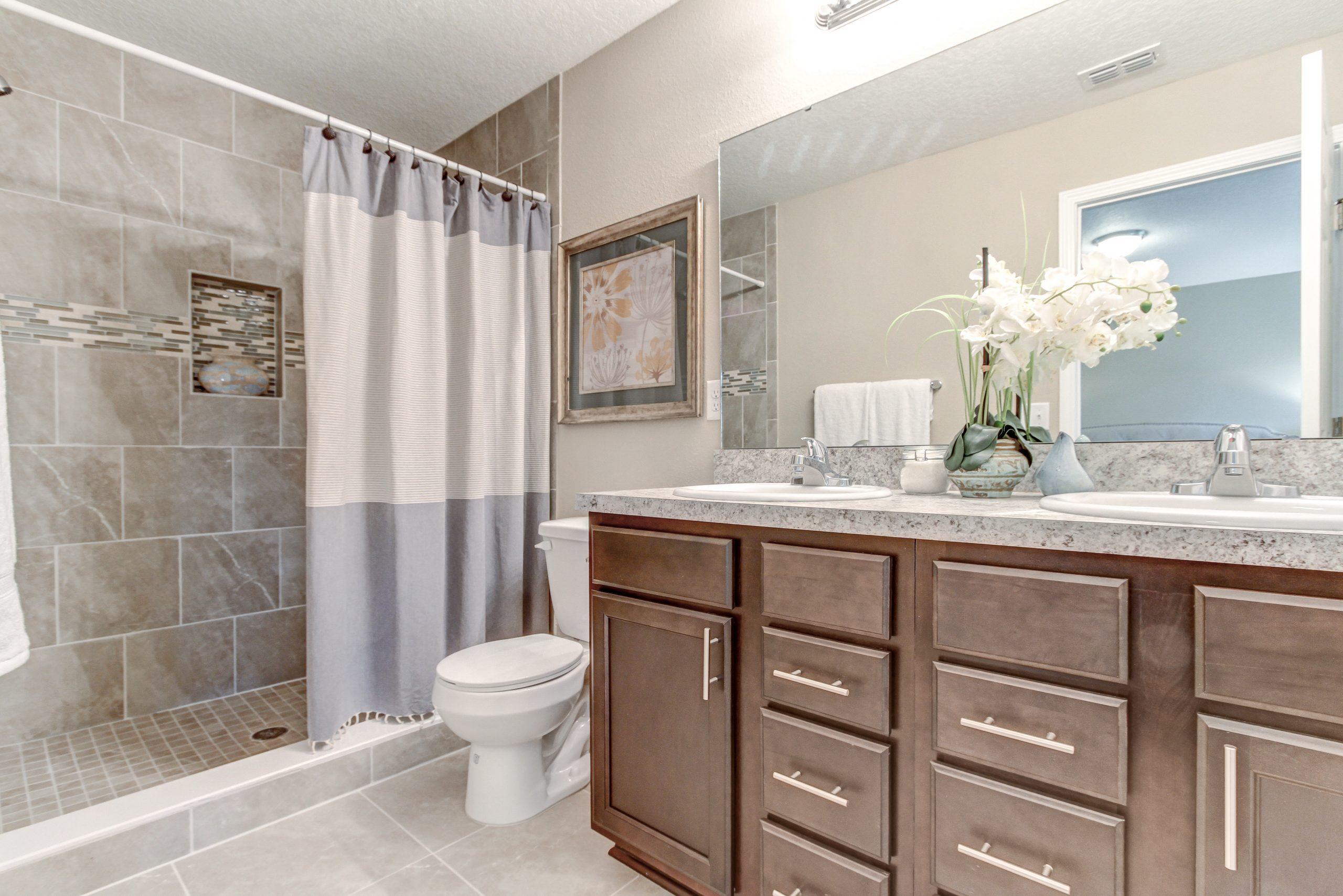 Cedar Village Interior Bath
